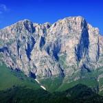 Խուստուփ լեռը