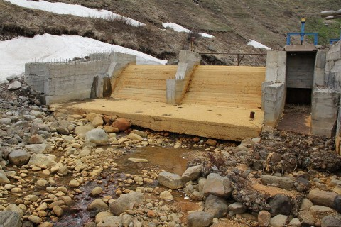Փոքր ՀԷԿ-երն ընդդեմ Գեղարոտ գետի