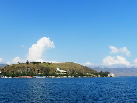 Վերագտնե՜նք կորսված կղզին մեր Սևանի