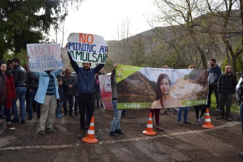 Հանրությունը չի սատարում Ամուլսարում հանքի շահագործումը (լուսանկարներ, վիդեոներ)